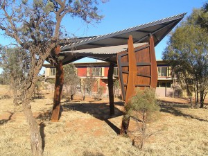 CLOUSTON_ASSOCIATES_Desert_Peoples_Centre_Alice_Springs_1